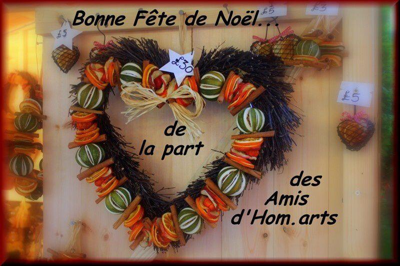 Bonne Fête De Noëlde La Part Des Amis D' Hom.arts dedans Bonne Fete Des Pairs Figure