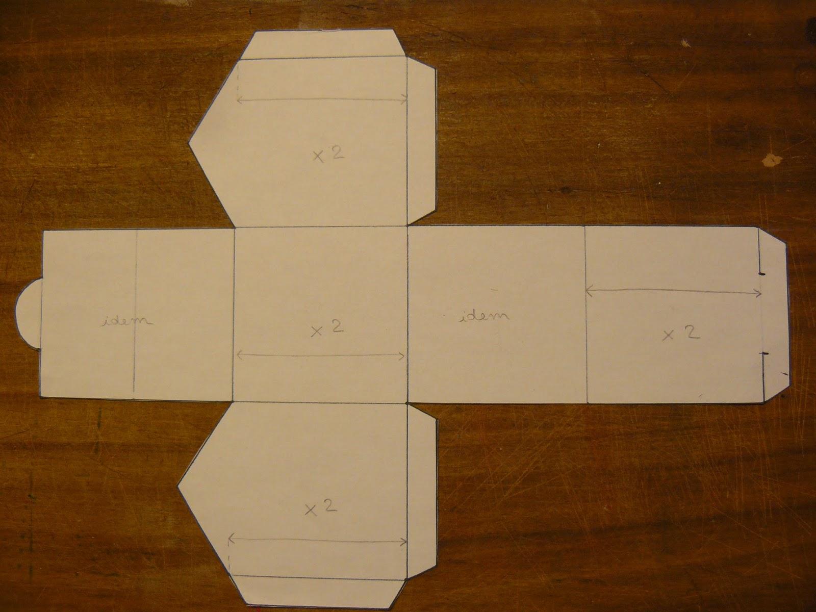 Clair' De Line: Mes Maisons De L'Avent En Papier destiné Patron+Maison+Papier+A+Imprimer