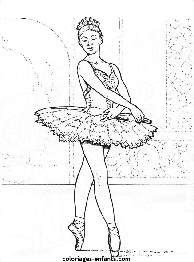 Coloriage De Danse À Imprimer Sur Coloriages-Enfants à Dessin Danseuse Classique