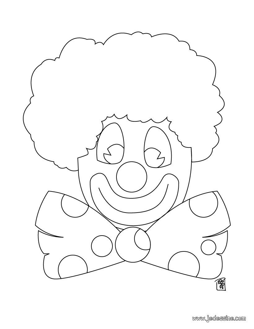 Coloriage D'Un Clown Au Noeud Papillon | Coloriage encequiconcerne Noeud Coloriage