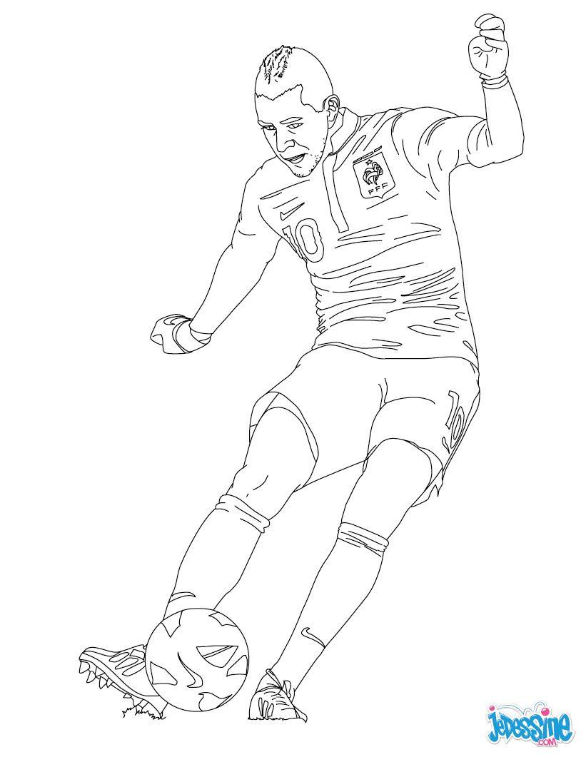 Coloriage : Karim Benzema | Coloriage Joueur De Foot concernant Coloriage De Footballeur