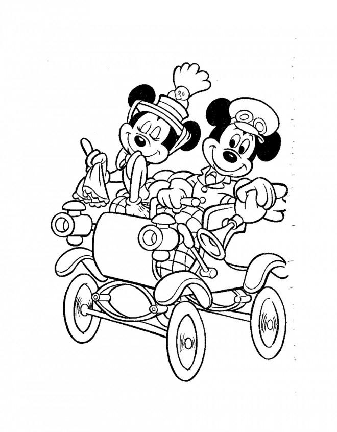 Coloriage Mickey Mouse Dans Sa Carrosse Dessin Gratuit À pour Dessin Carrosse