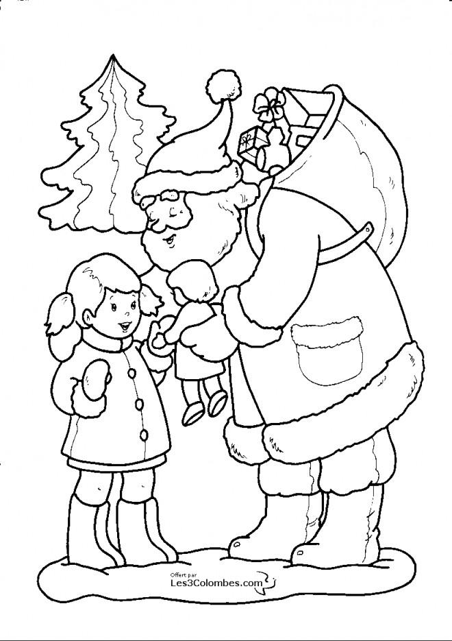 Coloriage Père Noël Offre Un Cadeau À Une Petite Fille concernant Dessin Creche De Noel Gratuit