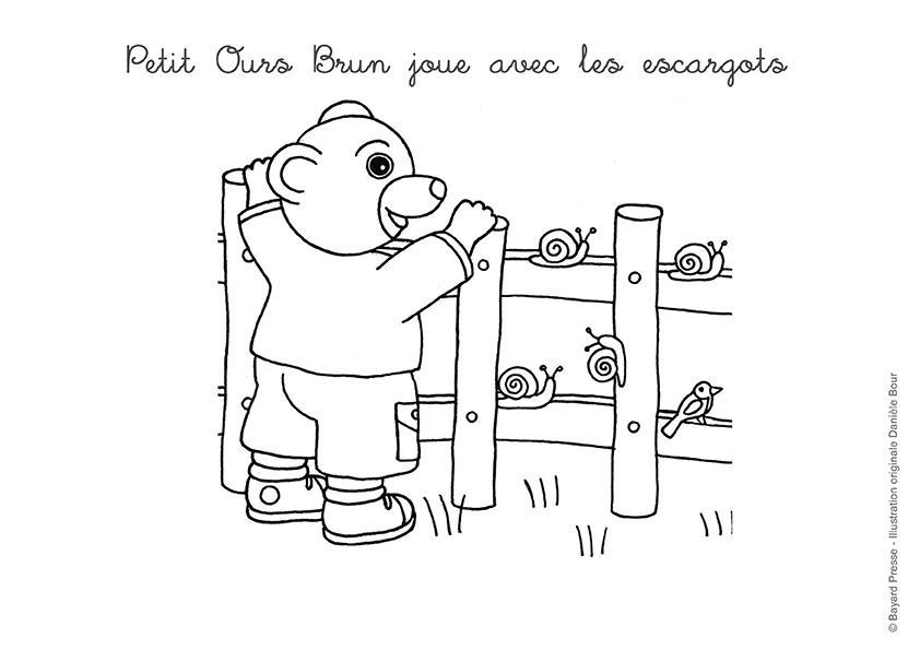 Coloriage Petit Ours Brun : Petit Ours Brun Joue Avec Les intérieur Coloriage Petit Ours Brun