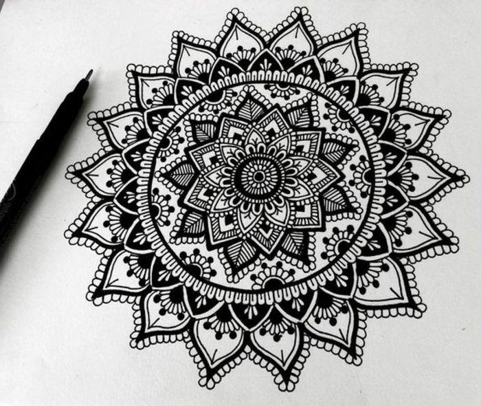 Comment Dessiner Facilement Un Superbe Mandala ~ Tuto Et pour Mandala A Dessiner