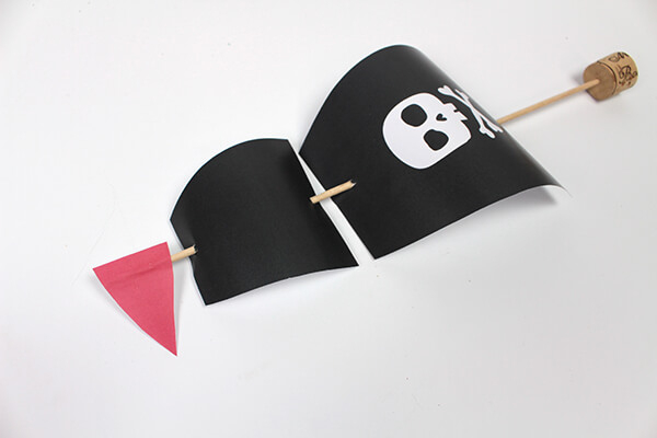 Construire Un Bateau Pirate   Diy C-Monetiquette pour Fabriquer Un Bateau Pirate
