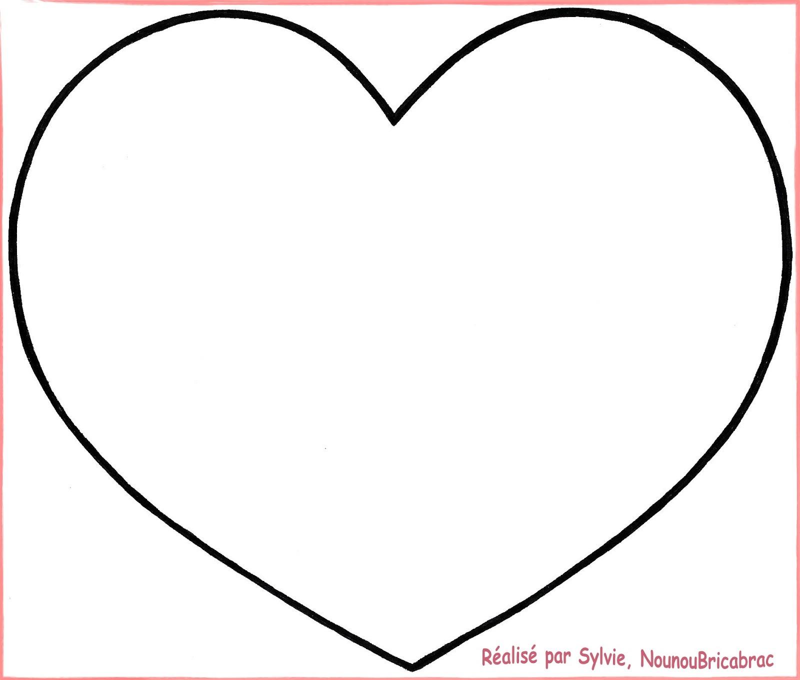 Coussin En Forme De Coeur - Mundu.fr dedans Coloriage Coeur À Imprimer Gratuit