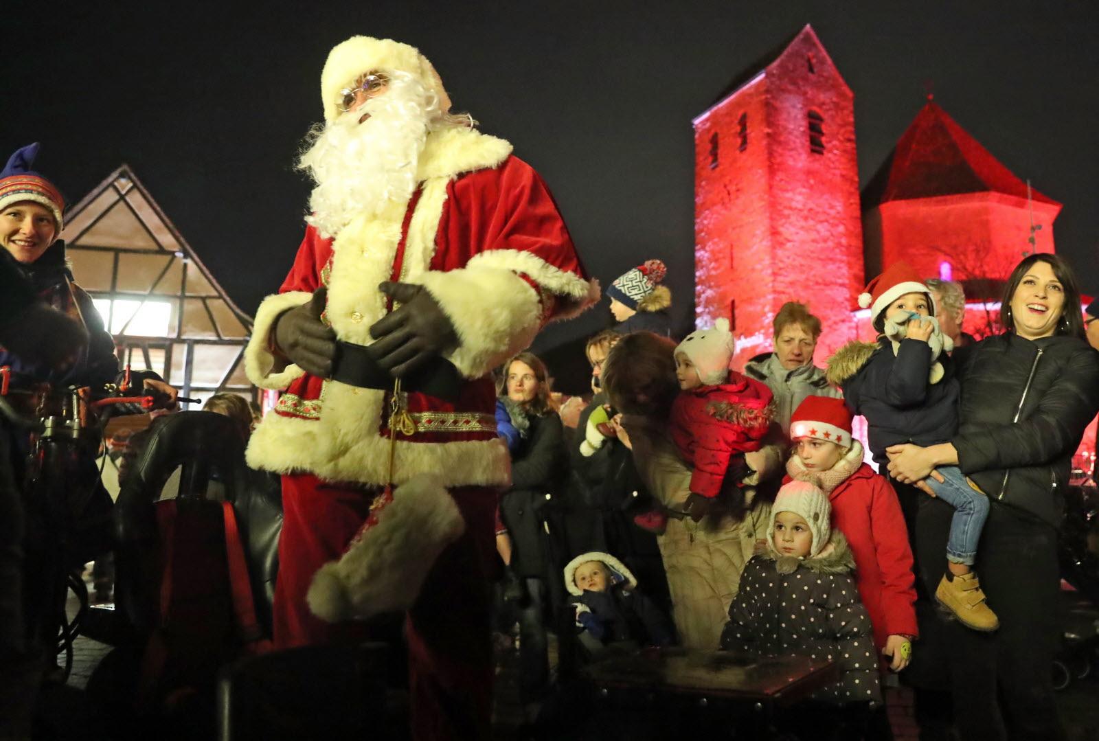 Diaporamas | [Diaporama] Le Marché De Noël Joue La Carte concernant Oi Bientot Ce Sera Noel