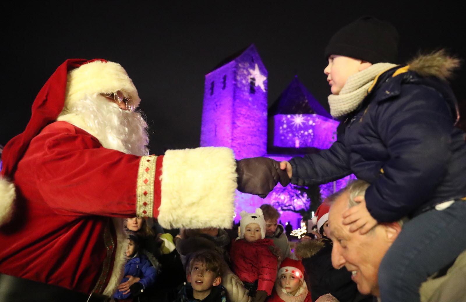 Diaporamas | [Diaporama] Le Marché De Noël Joue La Carte tout Oi Bientot Ce Sera Noel