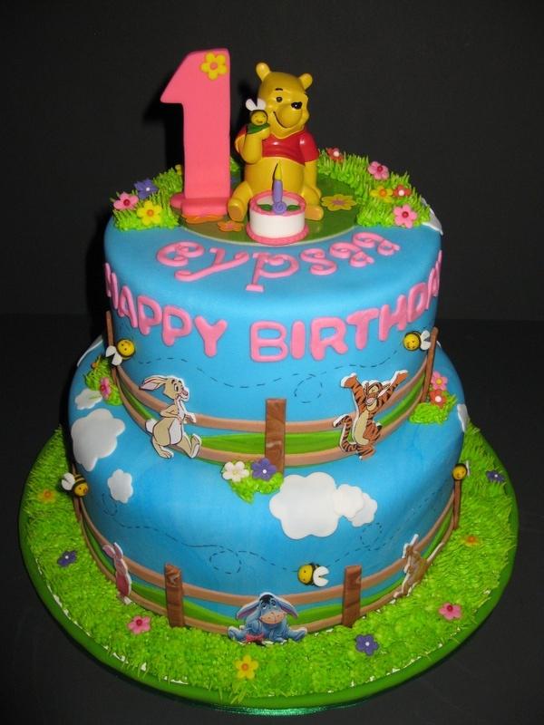 Eypsaa'S Winnie The Pooh Birthday Cake à Pooh Gateau