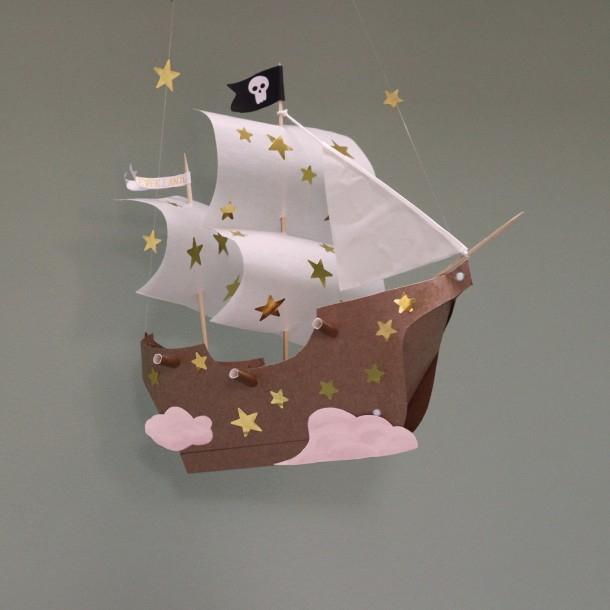 Fabrique Un Bateau De Pirate Volant De Peter Pan pour Fabriquer Un Bateau Pirate