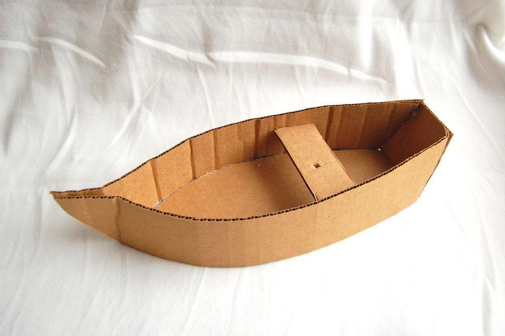 Fabriquer Un Canot En Carton | Barco De Carton, Artesanía encequiconcerne Fabriquer Un Bateau Pirate En Carton
