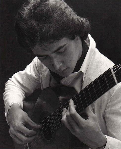 File:avy Musicien - Wikimedia Commons à Musicien Wikipedia