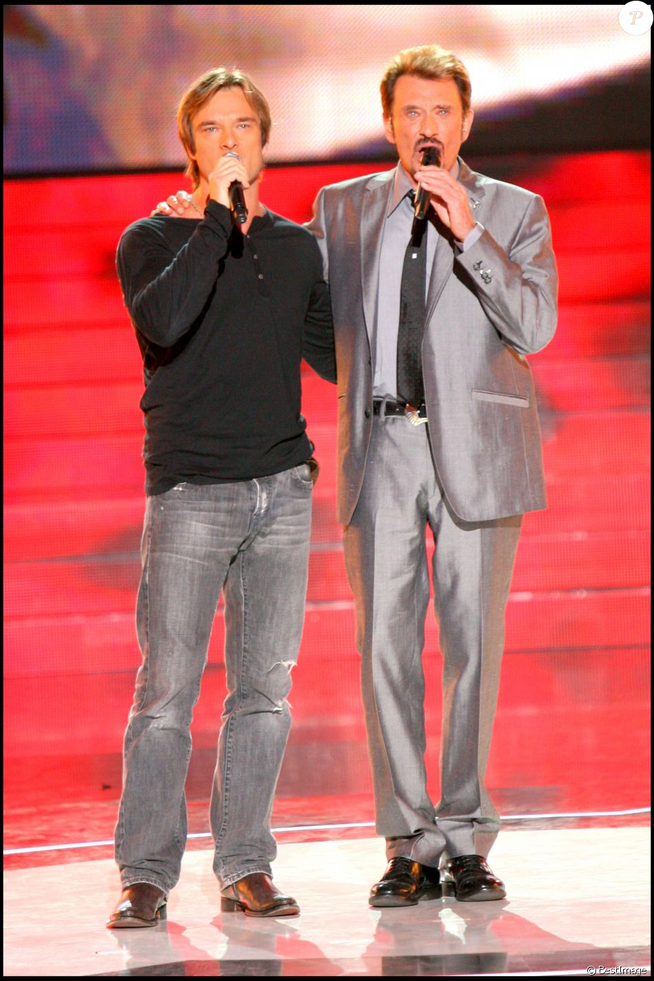 Johnny Hallyday Et Son Fils David Hallyday À La Star dedans Star Academy 2007