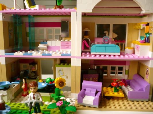 La Boîte À Bazar: La Villa Lego Friends tout Ecole Lego Friends
