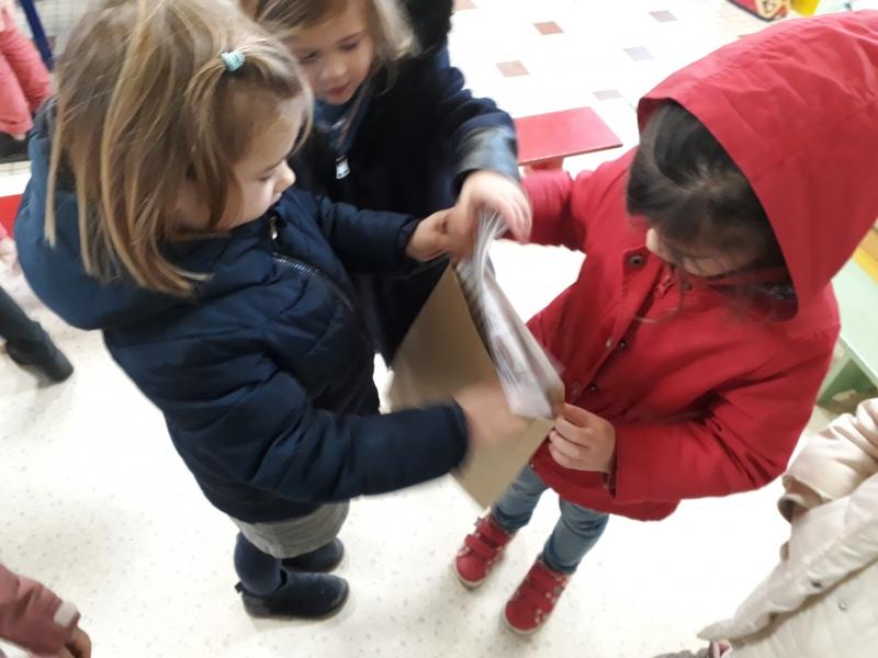 La Lettre Au Père Noël – Bienvenue À L'École Saint Vital tout Ecrire Une Lettre Au Pere Noel 2020