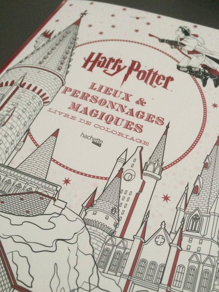 Le Livre De Coloriage Des Lieux Et Des Personnages destiné Livre Coloriage Harry Potter