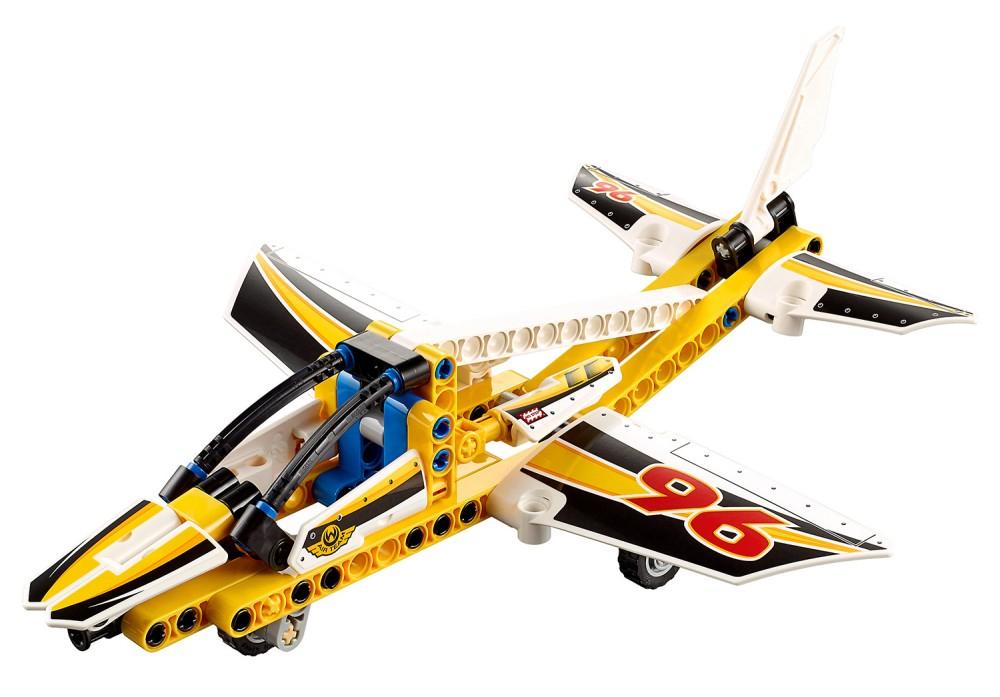 Lego Technic 42044 Pas Cher, L'Avion De Chasse Acrobatique destiné Lego Avion De Ligne