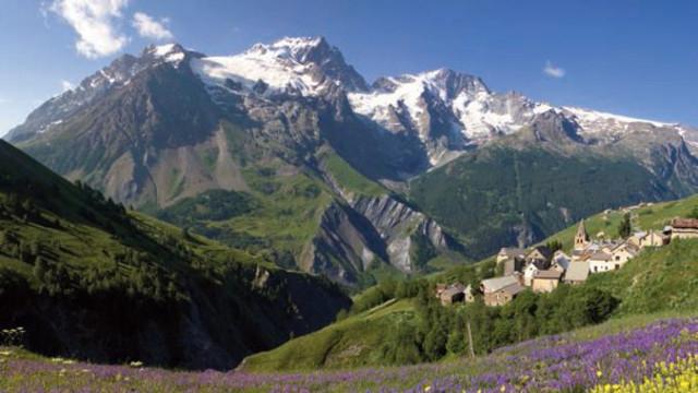 Les Ecrins: Un Toit Dans La Montagne - L'Express encequiconcerne Parc Des Ecrins