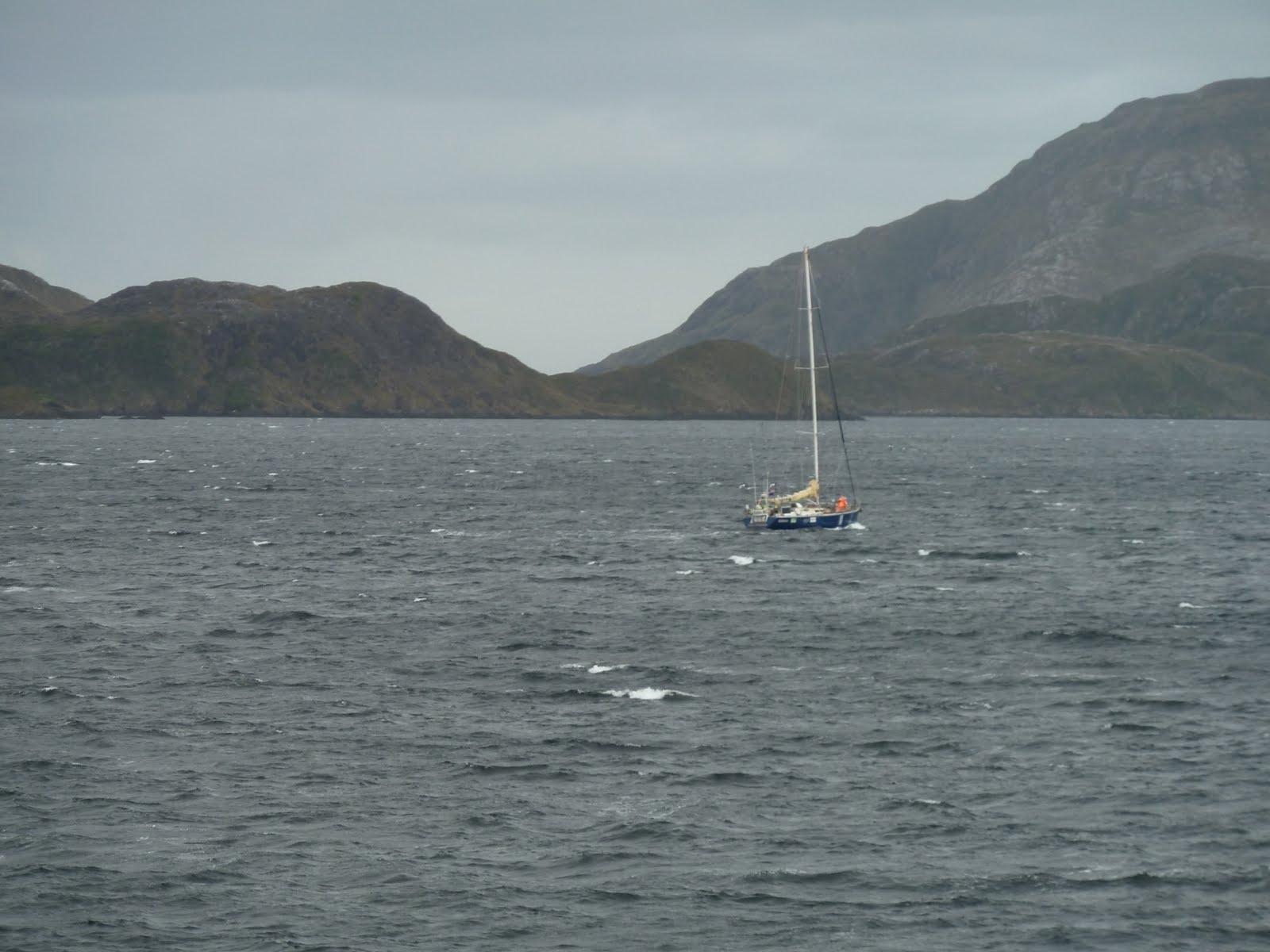 Les Gauchet En Vadrouille Patagonie: Détroit De à Matelot Navigue Sur Les Flots