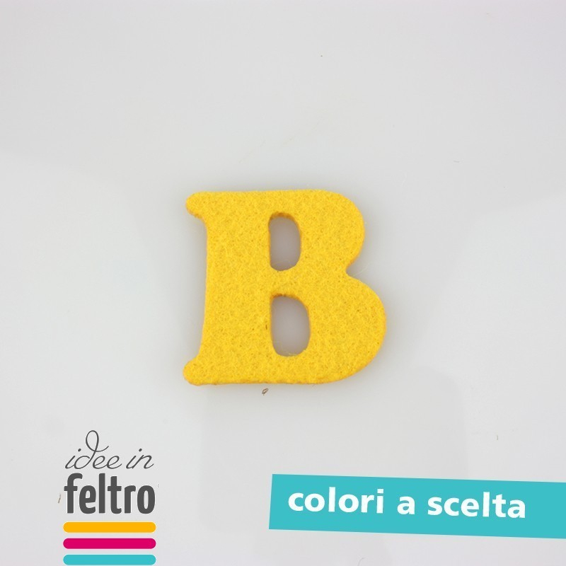 Lettre B Majuscule Dans Le Feutre Et Pannolenci Coloré tout Lettre Majuscule Tag
