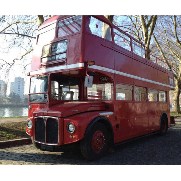 Location Auto Retro Collection - Bus Anglais Leyland à Image Bus Anglais