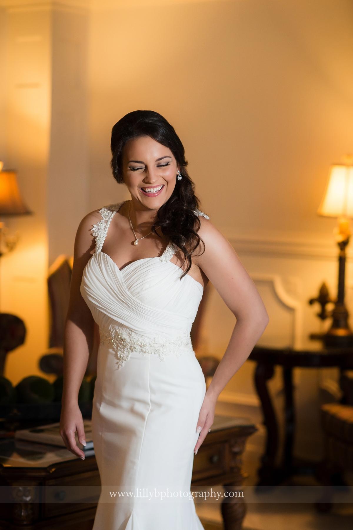 Mrs. Jeane: A Hotel Lobby Bridal Session » Lilly B concernant B?B? Lilly