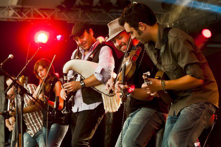 Musique Traditionnelle — Wikipédia avec Musicien Wikipedia