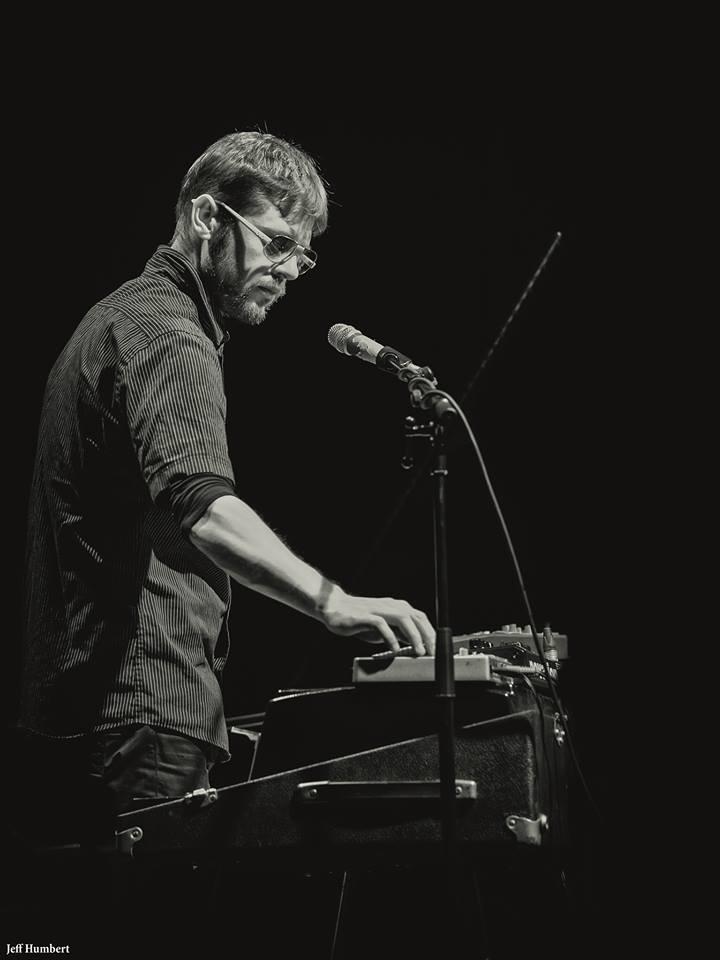 Paul Brousseau (Musicien) — Wikipédia serapportantà Musicien Wikipedia