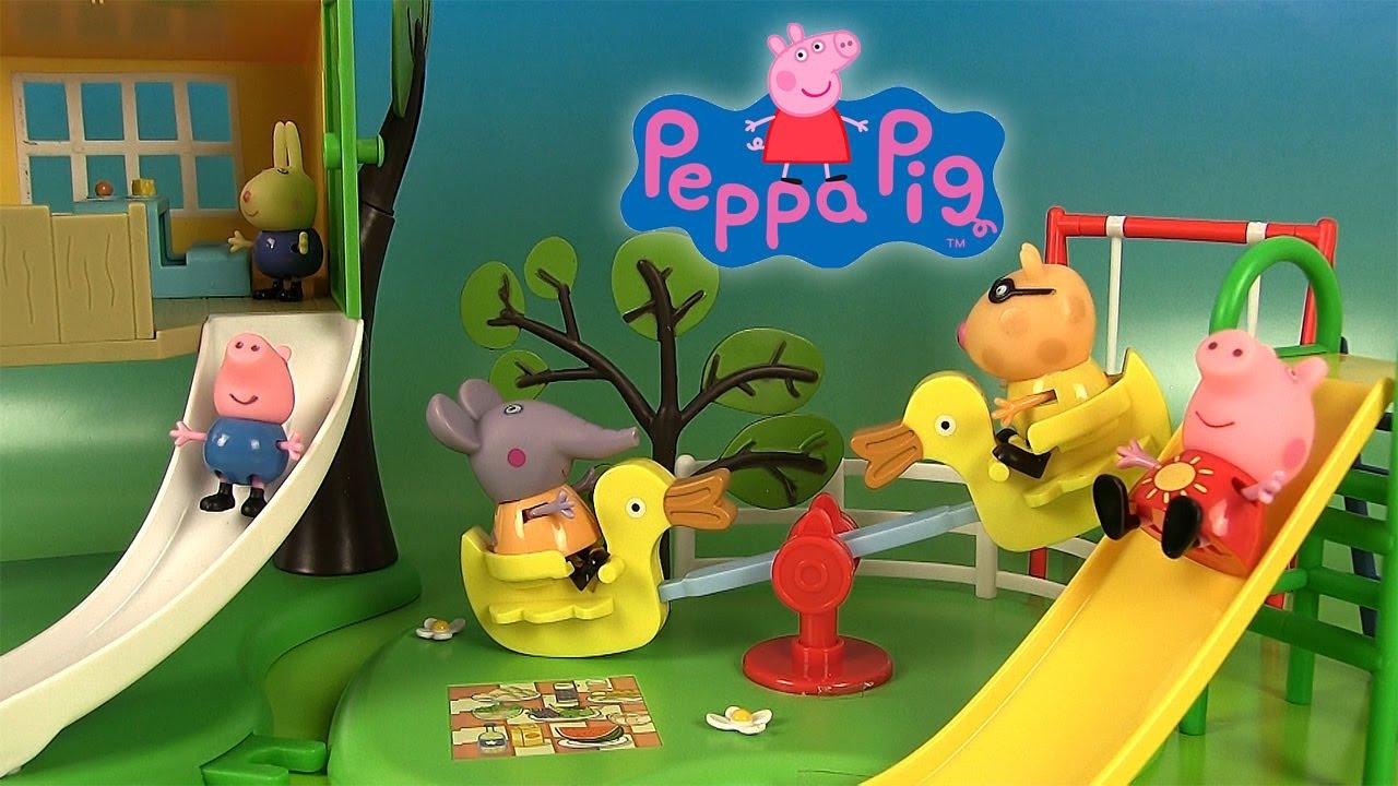 Peppa Pig Jouets Aire De Jeux Toboggan Balançoire Cabane à Jeux De Peppa Pig A La Piscine