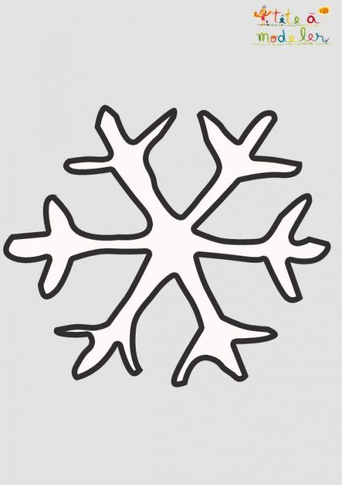 Pochoir Flocon De Neige De Noël À Imprimer | Pochoir Noel avec Pochoir Noel Gratuit Imprimer
