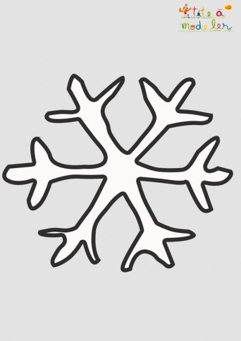 Pochoir Flocon De Neige De Noël À Imprimer - Tête À Modeler à Pochoir De Noel Gratuit A Imprimer