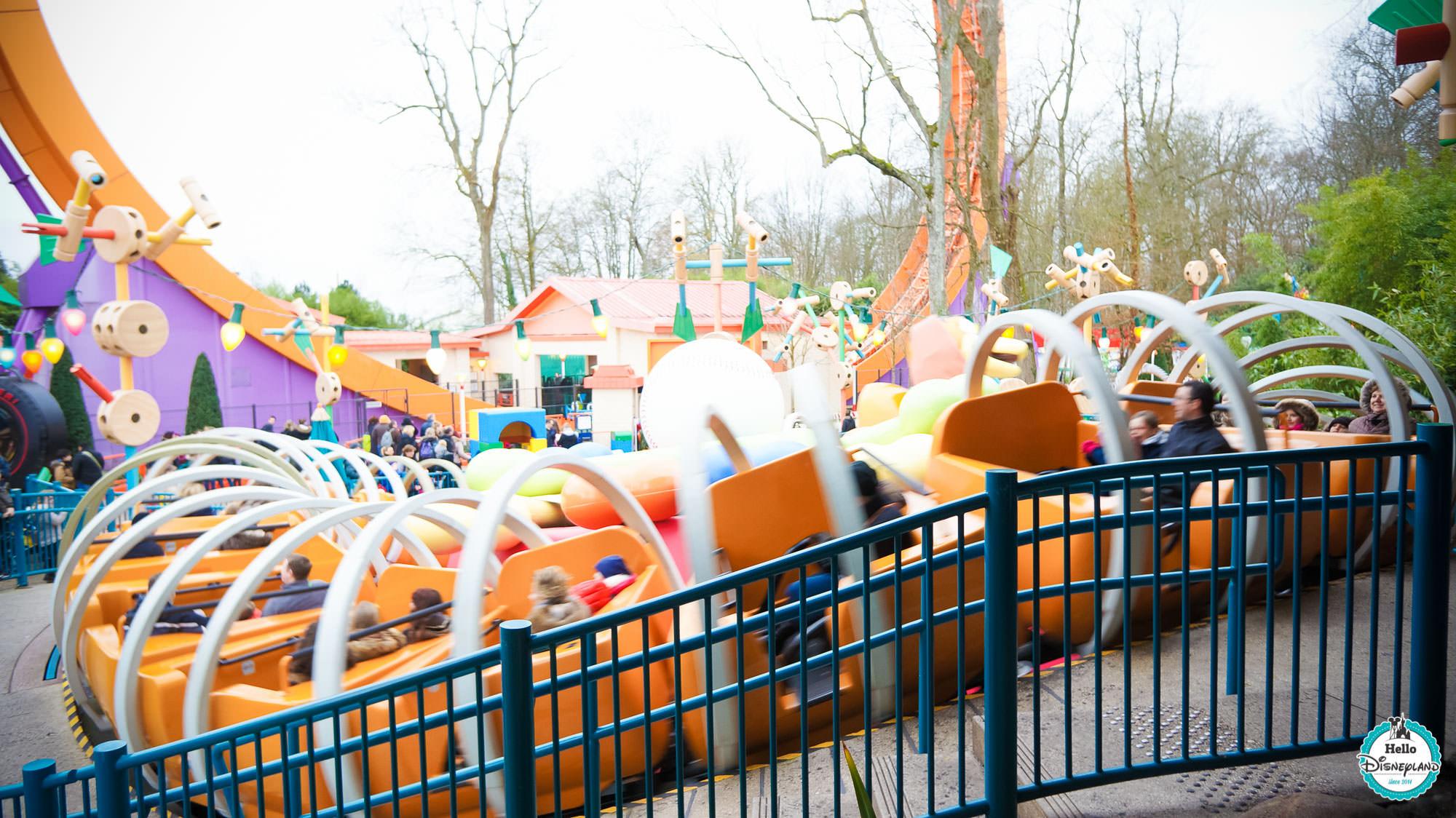 Slinky Dog Zigzag Spin dedans Zig Zag Toy Story