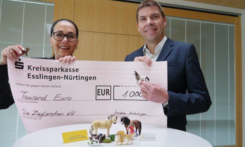 Spende Porsche-Club E.v. Für Tiergestützte Therapie - Die dedans Theologischer Jahresbericht.