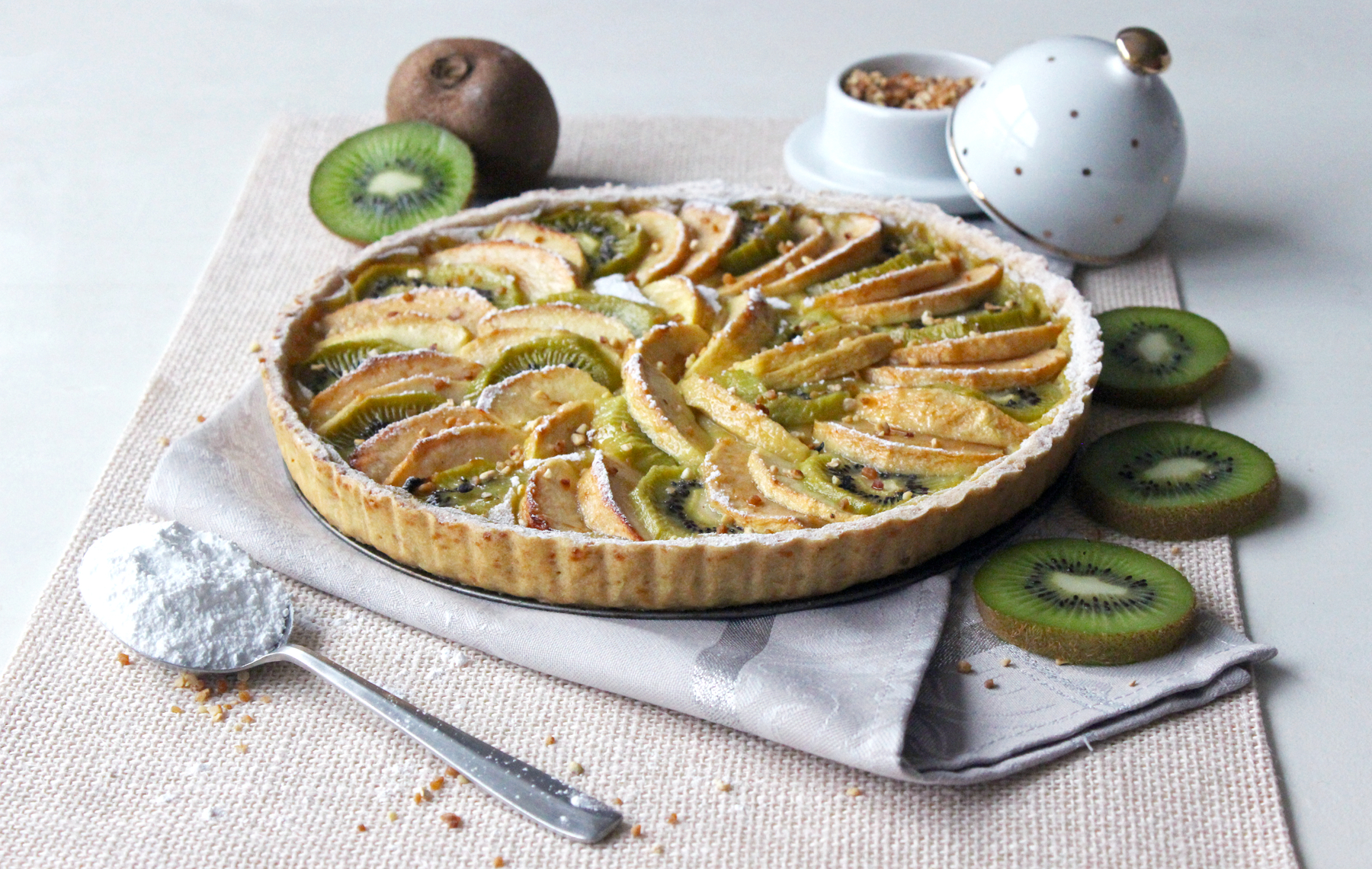 Tarte Végane Aux Pommes, Kiwis Et Crème Pâtissière – Le concernant Tarte Pomme Banane Kiwi