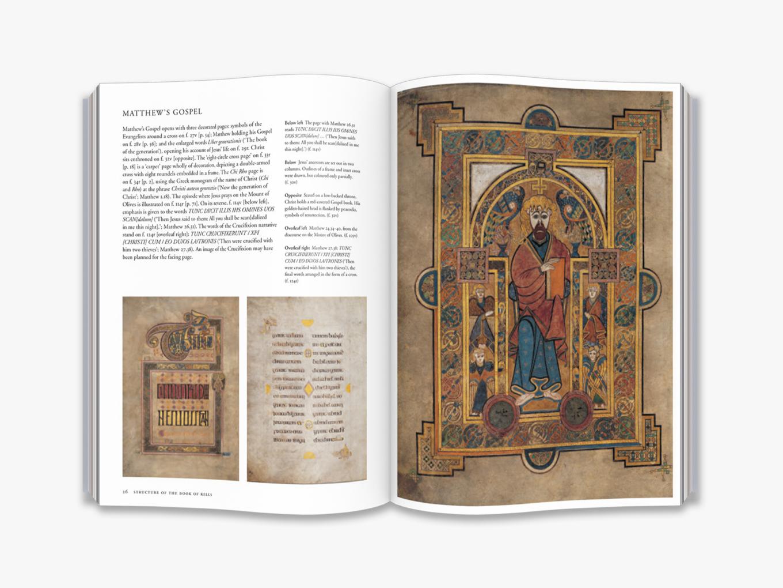 The Book Of Kells dedans Script In The Book Of Kells