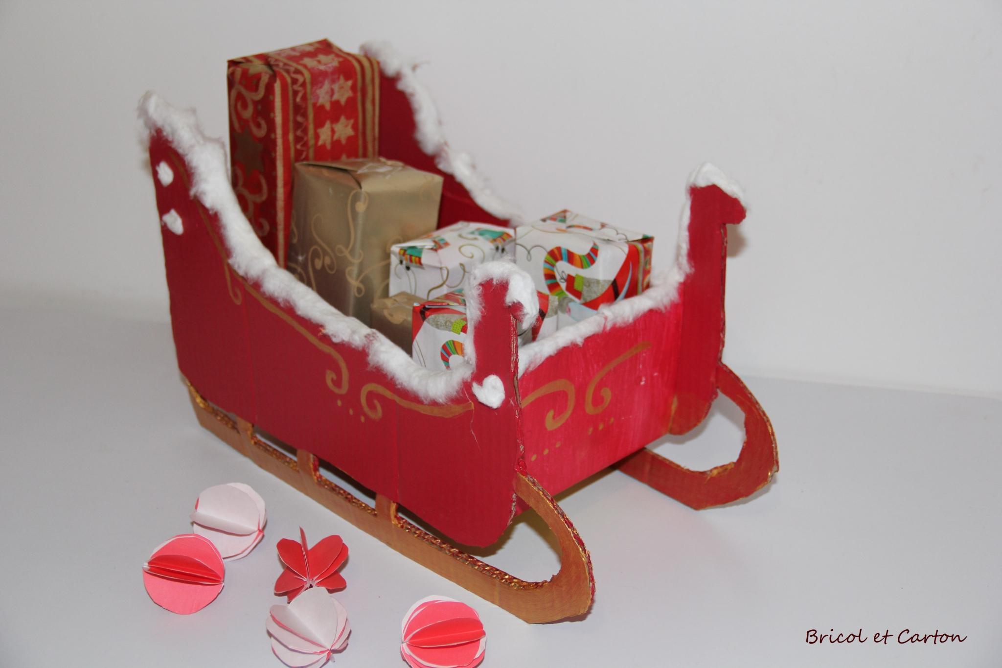 Traîneau De Père Noël Et Son Calendrier De L'Avent {Diy encequiconcerne Traineaux Du Pere Noel