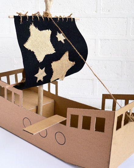 Un Bateau De Pirate En Carton Diy | Bateaux De Pirates En encequiconcerne Fabriquer Un Bateau Pirate