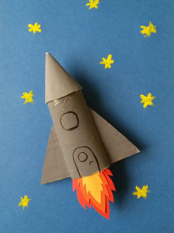 Une Fusée En Carton | Créations De Maternelle, Craft Et pour Faire Du Bricolage En Papier