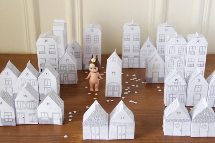 Une Ville Pour L'Avent - La Mouflette avec Patron+Maison+Papier+A+Imprimer
